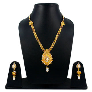 Traditional Necklace In Gold Tone With White Stones