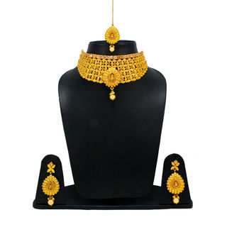 Golden Necklace Set Adorned With Stones For Women