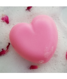 Synaa Handmade Soap Heart Shaped for Glowing Skin, Enriched with bulgarian Rose Extract (100g) …