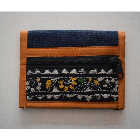 Black Jeans With Brown Handmade Pipili Hand Purse AJ001252