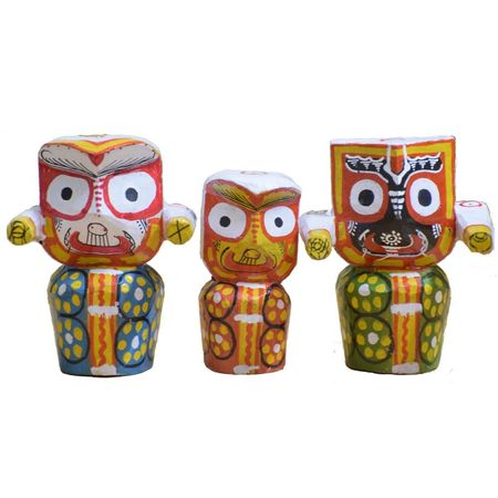 OHW025: Lord Jagannath, Balabhdra and Suvadra made from Wood.
