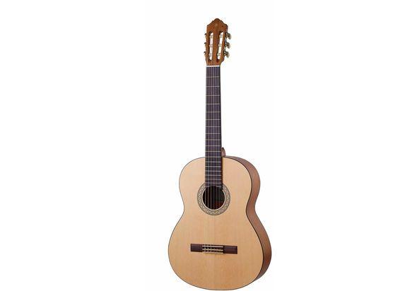 Yamaha C40M Nylon String Classical Guitar