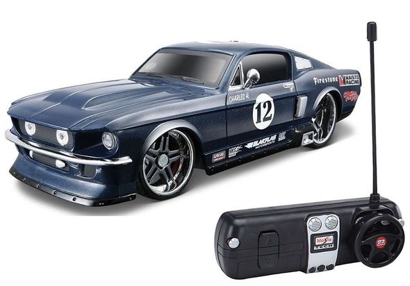 Maisto 1: 24 Scale 1967 Ford Mustang GT Remote Control Car