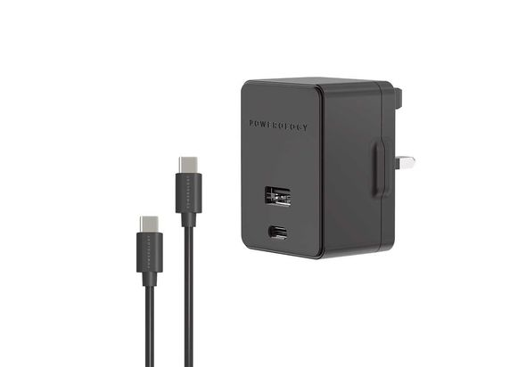 Powerology USB Port and Ultra-Quick PD Charger 2.4A / 18W with Type-C to Type-C Cable 1.2m, Black