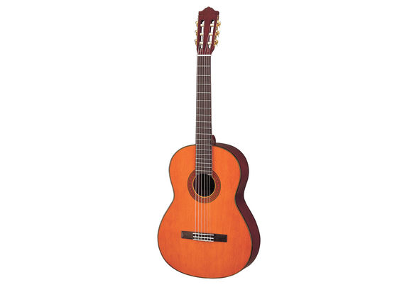 Yamaha C70 Full Size Nylon String Classical Guitar, Natural
