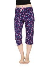 Shappon Solid Cotton Capri With Single Zipper Pocket In Front (12725), s, purple