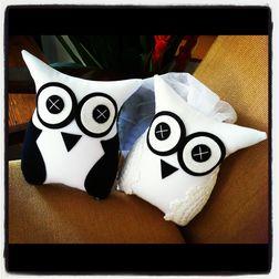 Happy Owl Cushion Set MYC-39, pack of 2, white
