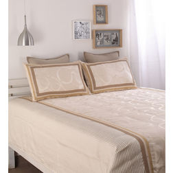 Dreamscape Polycotton Beige Abstract Bedcover, with 2  pillow covers, beige