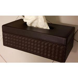 Tissue box 010