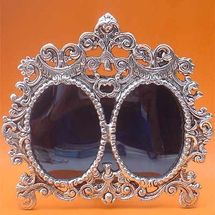 White Metal Double oval shape Photot Frame, regular