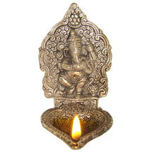 White Metal Bracket Ganesh Deepak, regular