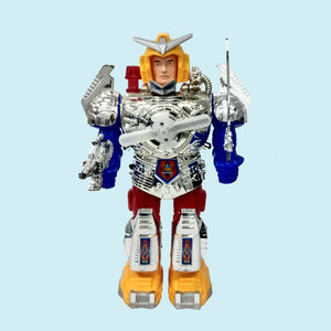 Combat Hero Robot With Music And Lights Face Changing Combat Hero Robot Moving On Wheel Robot With Sword And Gun Robotics Toy, plastic, 27   17.5   10.5 cm,  silver