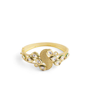 WHITE KUNDAN WITH CZ DIAMOND GOLD LOOK BRACELET