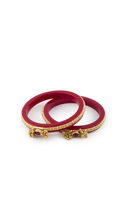 RED OVAL SINGLE KUNDAN WITH RED CHUDI BANGLES