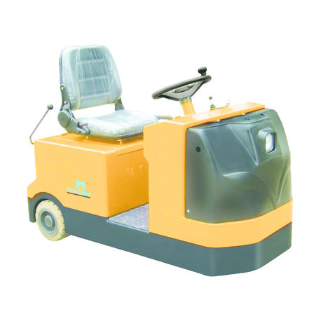 Sit-on Tow Tractor