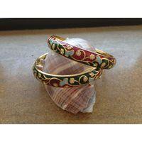 Beautiful Bangles in Meenakari work and American Diamonds