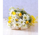 Giftacrossindia Bouquet of White Gerberas with Yellow Roses (GAIMPHD0018)
