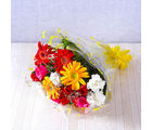 Giftacrossindia Bunch of Fifteen Colorful Gerberas, Carnations with Roses (GAIMPHD0016)