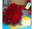 Giftacrossindia Pineapple Cake With Red Roses Bouquet On Mothers Day