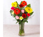 Giftacrossindia Beautiful Vase of Fresh Flowers (GAIMPHD0583)