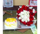 Giftacrossindia Pineapple Cake With Twin Color Roses Bouquet