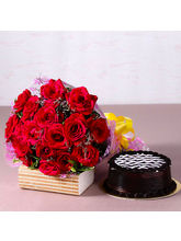 Giftacrossindia Yummy Chocolate Cake with Bouquet of 20 Red Roses (GAIMPHD0341)