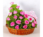 Giftacrossindia Pretty Pink Rose Basket (GAIMPHD0584)
