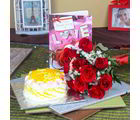 Giftacrossindia Pineapple Cake With Roses Bouquet And Love Greeting Card (GAIVALHD20190364)