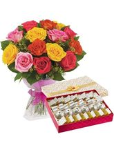 Giftacrossindia Bouquet of 15 Mix Roses with Assorted Sweet Box (GAIMPHD0430)