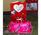 Giftacrossindia Valentine Strawberry Cake With Love Card (GAIVALHD20190317)