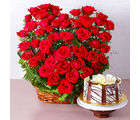 Giftacrossindia Arrangement of 50 Red Roses with Half Kg Chocolate Cake (GAIMPHD0591)