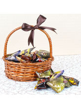 Giftacrossindia Siafa Chocolate Dates Basket (GAICOU0053), 1000 gms