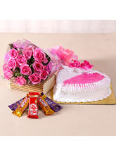 Giftacrossindia Hearty Strawberry Cake And Pink Ro...
