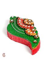 Aapno Rajasthan Shankh Design Kumkum Chopra In Wood N Clay (WUDCLY1296)