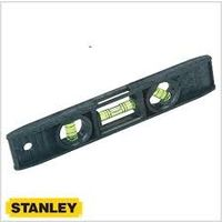 "Stanley 225mm/9"" Plastic Torpedo Level - Magnetic (STHT42264-812)"