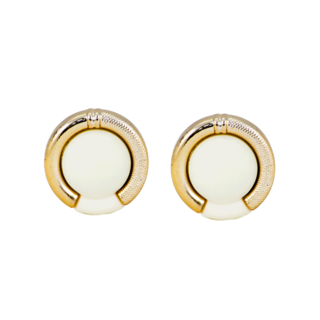Fashionable White Fashion Studs For Women