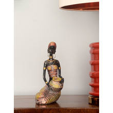 Sitting African Lady 13X20CM Showpiece, Red