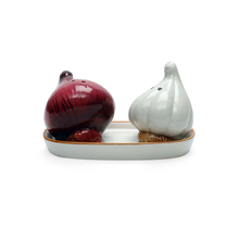 Garlic Salt & Pepper With Tray, Multi Colour