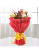 Ferns N Petals 8 Sundry Mix Roses