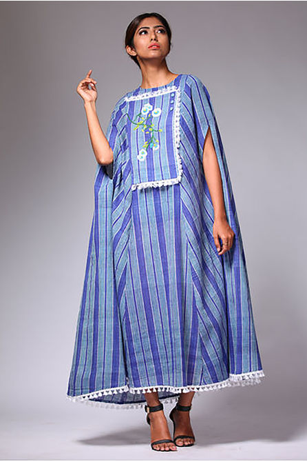STRIPE BLUE CAPE DRESS, m