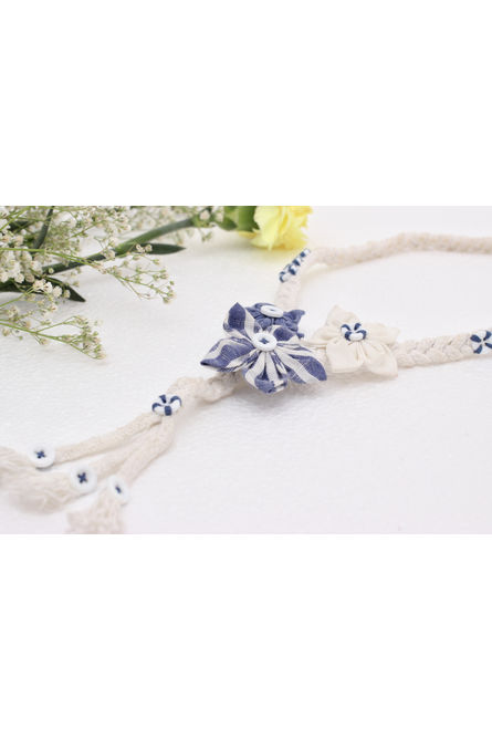3D FLOWER TRILOGY NECKPIECE