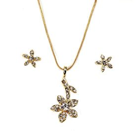 Pink Rose - Complement Collection Golden Flower Metal Necklace Set For Women