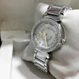 Imported Bridal Wear Designer LV Silver Belt Gift Watch Women Lady Ladies White Dial